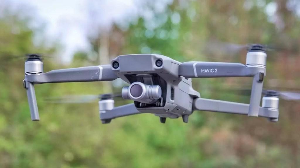 DJI Mavic 2 Zoom - Cea mai bună dronă pentru zoom optic