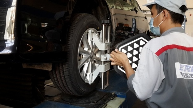 Using Car Tires Tips & Replace New Tires