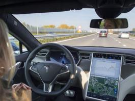 Cars Steer Their Way into the Electronics Industry