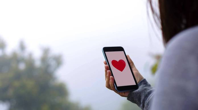 Dating Apps that Would Perfectly Fit Your New iPhone