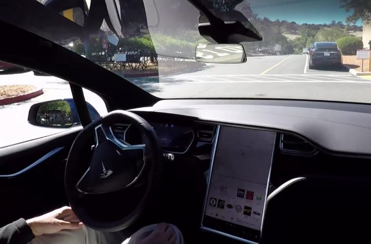 Tesla Otopilot