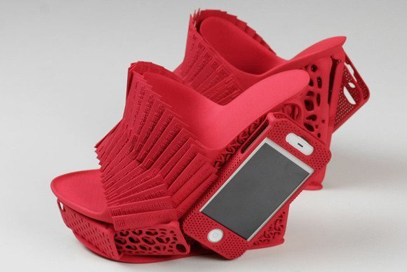 ff-iphone-mashup-shoe-alan-nguyen-freedom-of-creation-red-large-rs-100045797-gallery