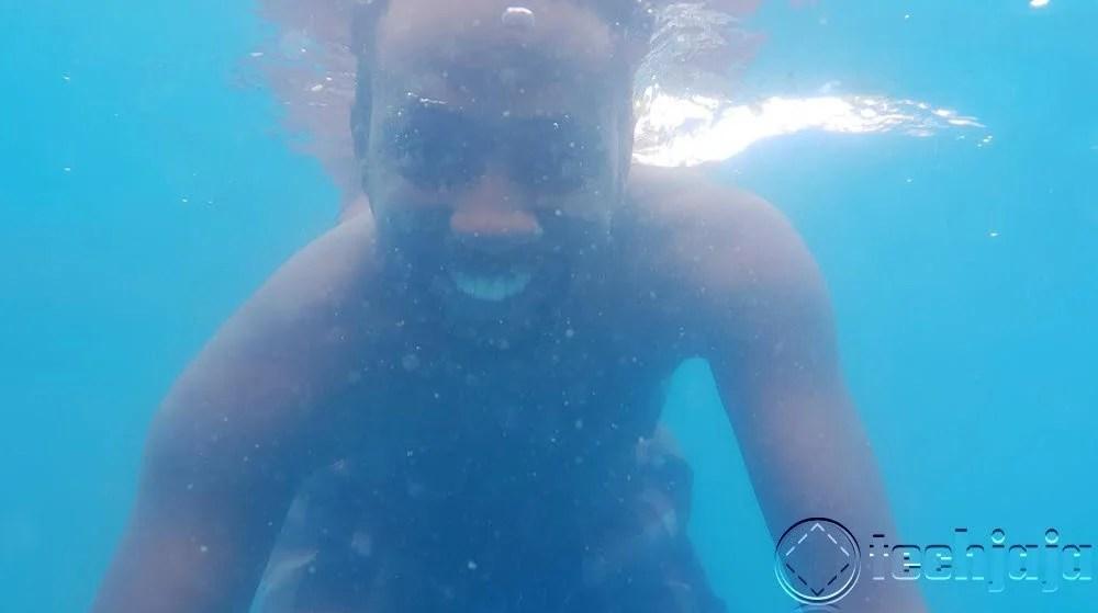 Underwater Selfies