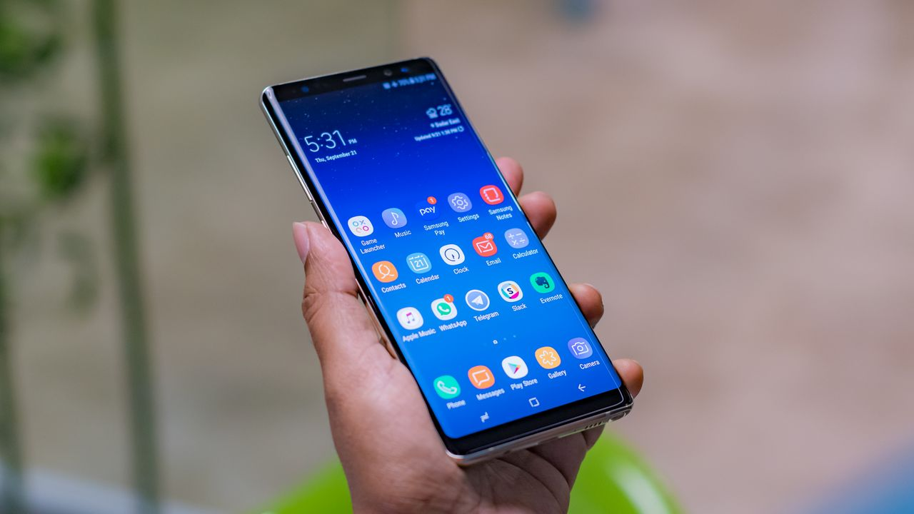 Samsung Galaxy A80 rotating camera shown off in new video