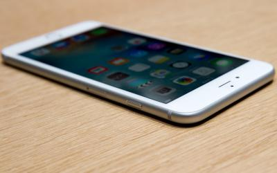 apple-event-sept9-2015-iphone6s-2860