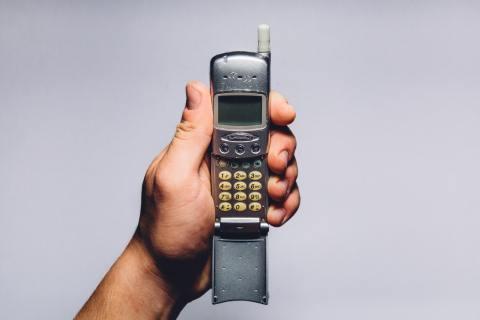 The Best Flip Phones – June 2019
