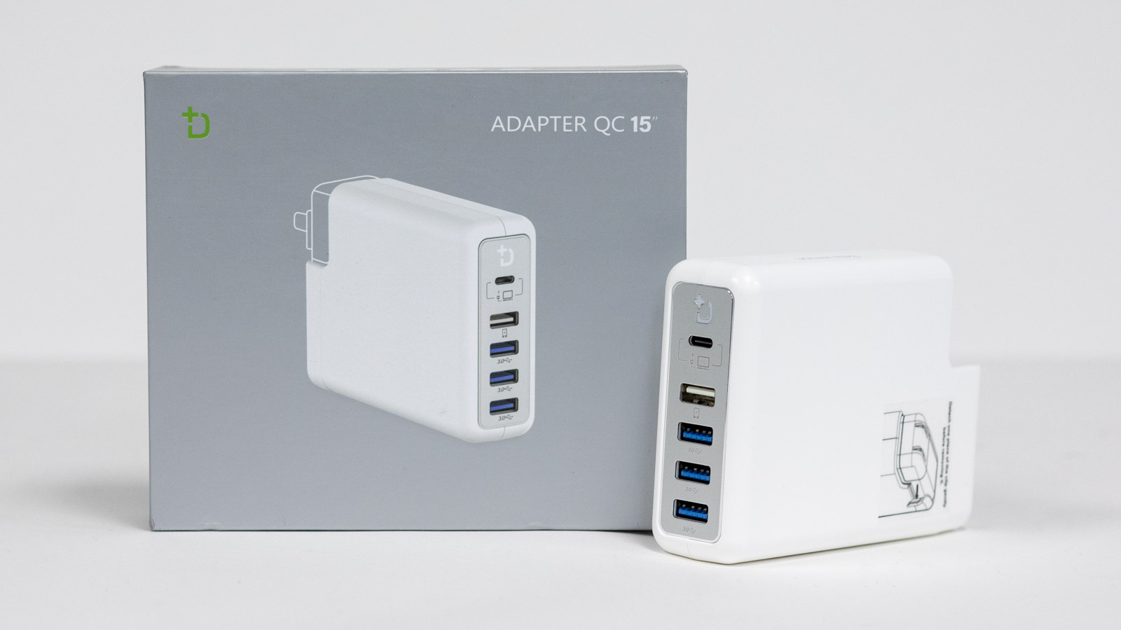 DockCase P1 Adapter: A USB-C Hub that Connects to Your
