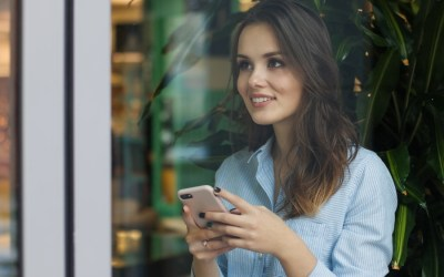 70 Questions to Ask a Girl over Text Message
