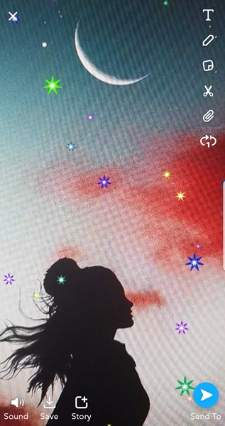 Moon Icon on Snapchat