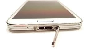 save Galaxy 5 photos on a laptop