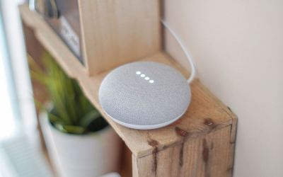 what is the google home device