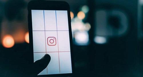 upload stories to Instagram