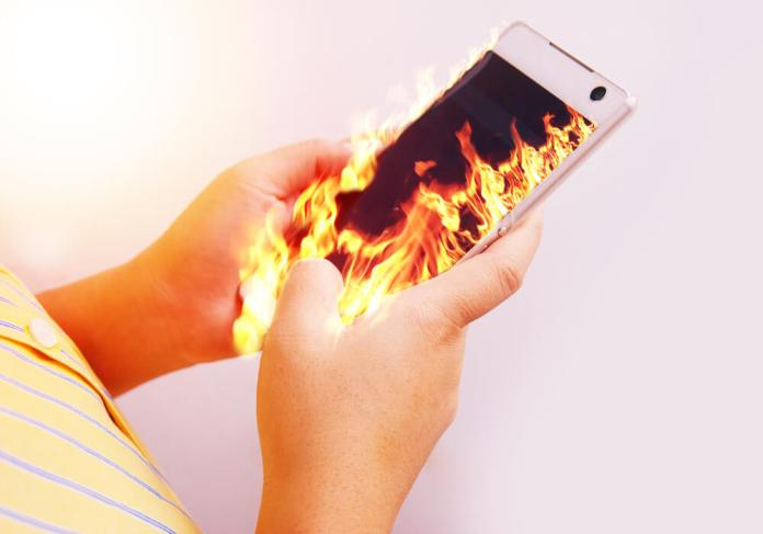 how to keep your phone from overheating