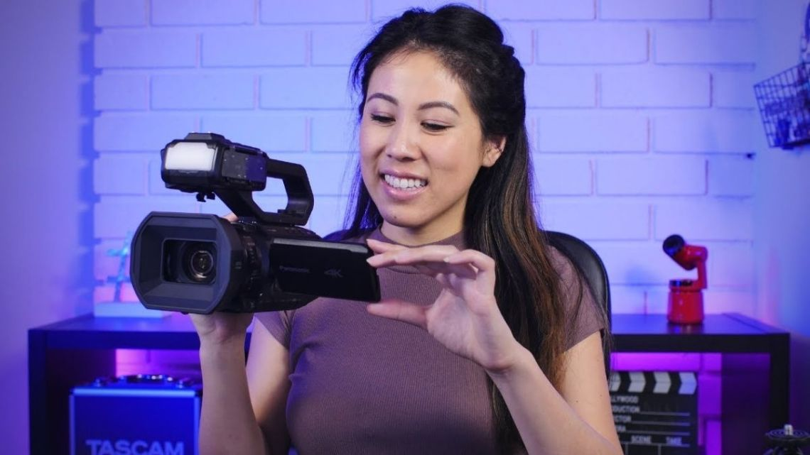Panasonic AG-CX10 Review | The PERFECT Camcorder for Reporters, Multimedia Journalists, Livestreams