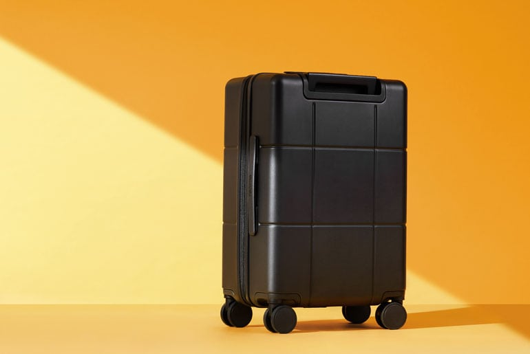 realme adventurer luggage