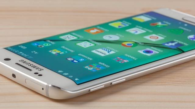 TechnoBlitz.it Nougat per Galaxy S6 e S6 Edge: ritardi per l'aggiornamento