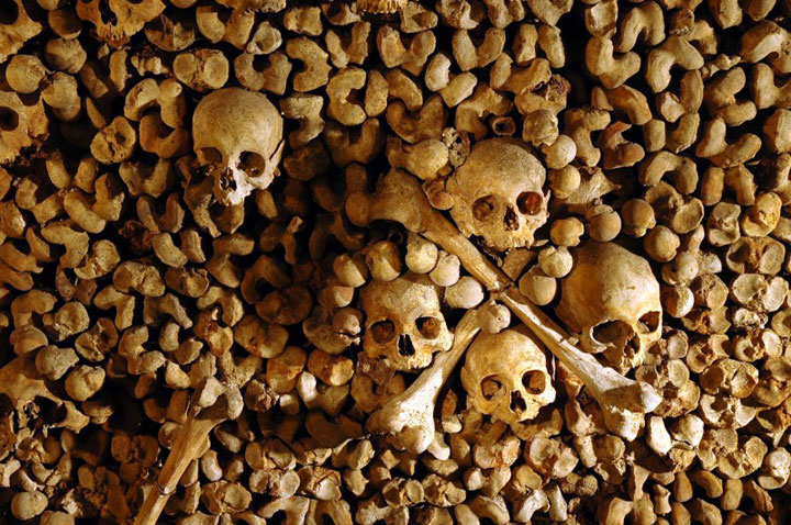 The Catacombs of Paris-The 10 Most Scary Places On The Earth-29
