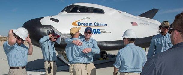 Uzay Uçağı 'Dream Chaser'dan başarılı deneme uçuşu