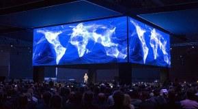 Skandal sonrası Facebook hisseleri çakıldı