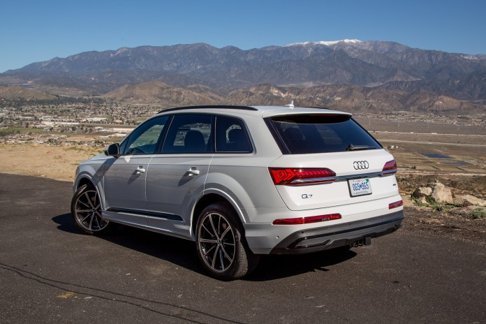 audi q7 which one should i buy in 2020 or 2021  news