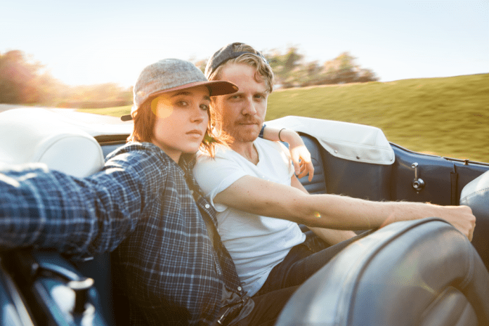 Ellen Page e Ian Daniel en Gaycation - National Geographic