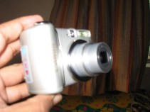 Canon A580 Front Looks