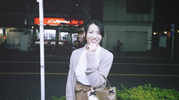 Yajima Maimi - ISEKI「街 feat.矢島舞美」MV (2017年10月25日発売『AOR FLAVA -silky red-』収録)_015