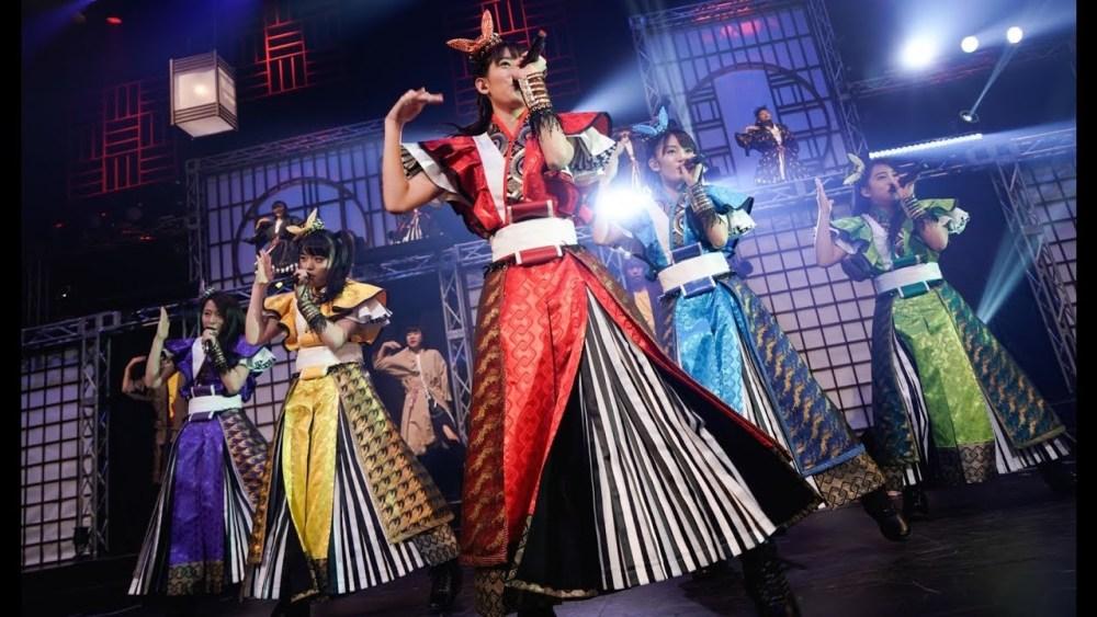 Team Syachihoko - We are... (video musical en vivo) - main visual