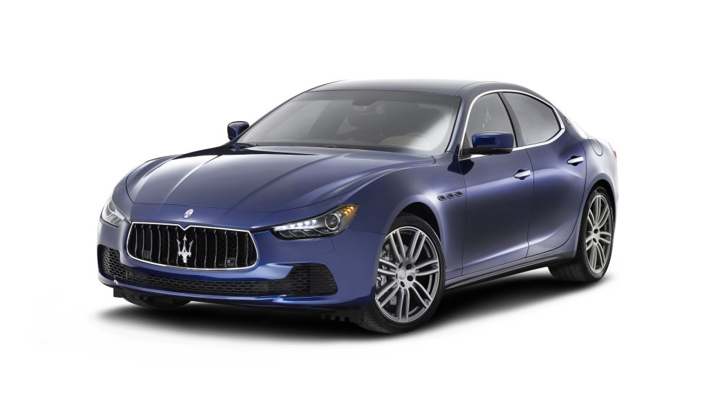 Featuring the overhauled range is the accessibility of new innovations, the Maesarati has again showed up its dominance in the car industry as it has announced its virtuous car named Quattroporte which has an overwhelming design with stupendous luxurious