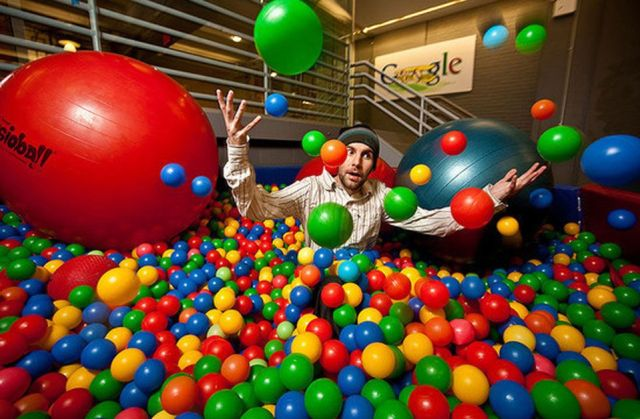 Top 12 Perks of Working at Google [Best Employee Perks]