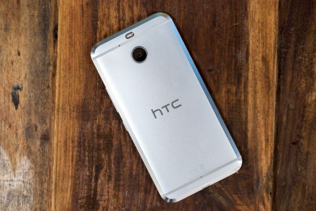 htc-10-evo-review-pic