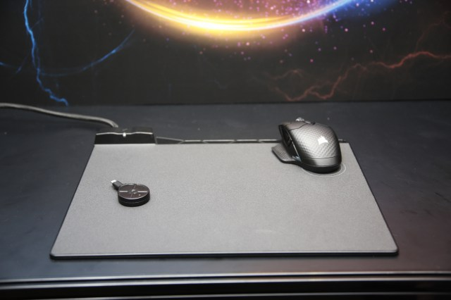Corsair Zeus Wireless Mouse Image
