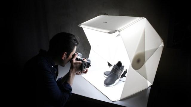 Foldio3 Portable Photo Studio with Boasts Magnetic Structure, Optional Halo Bar