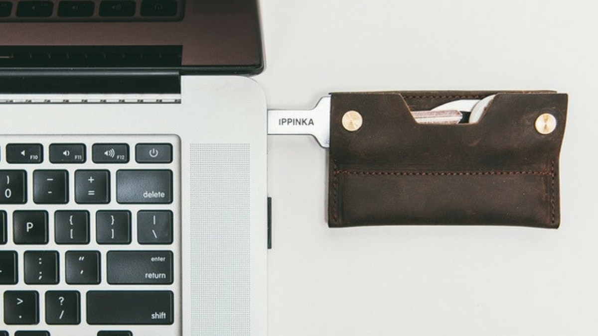 MKC Wallet - Slim Wallet for Keys with USB Drive Storage