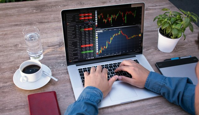 3 Instances Where Business Software Is a Good Investment for a Trade Business