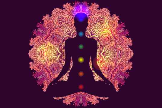 Bliss yoga routine for fourth chakra