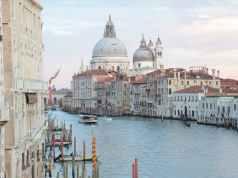 Mid 19th Century Italianate Architecture
