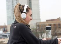 best noise canceling Bluetooth headset options