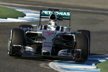 F1HiRes - Qualcomm Joins the MERCEDES AMG PETRONAS Formula One Team as Official Technology Partner