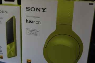 DSC02996 - Sony h.ear On Headset and NW-A25 Walkman Review