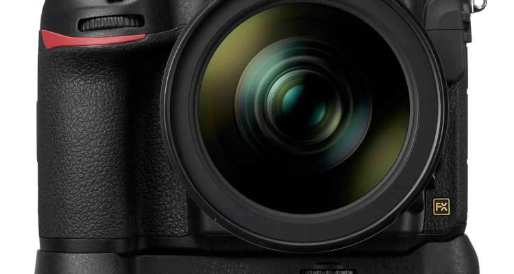 D850 24 70E MBD18 front.high  - Nikon launches Nikon D850 .