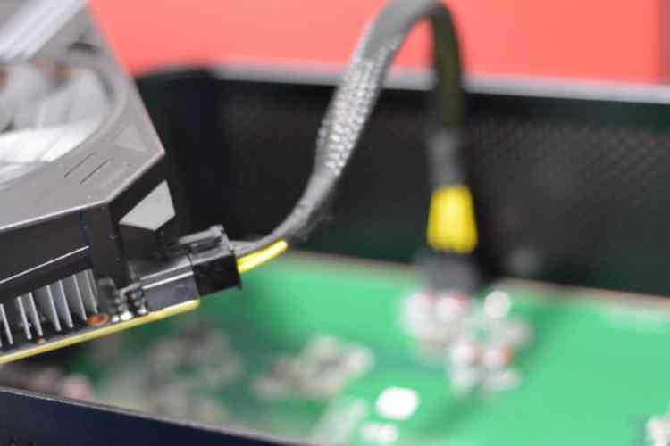 DSC 4710 1024x683 - ZOTAC AMP Box Review