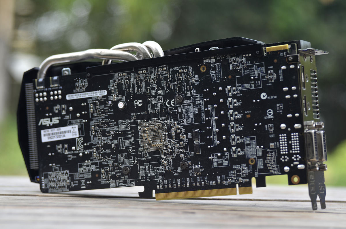 ASUS Radeon R9 270X (8) | TechPorn