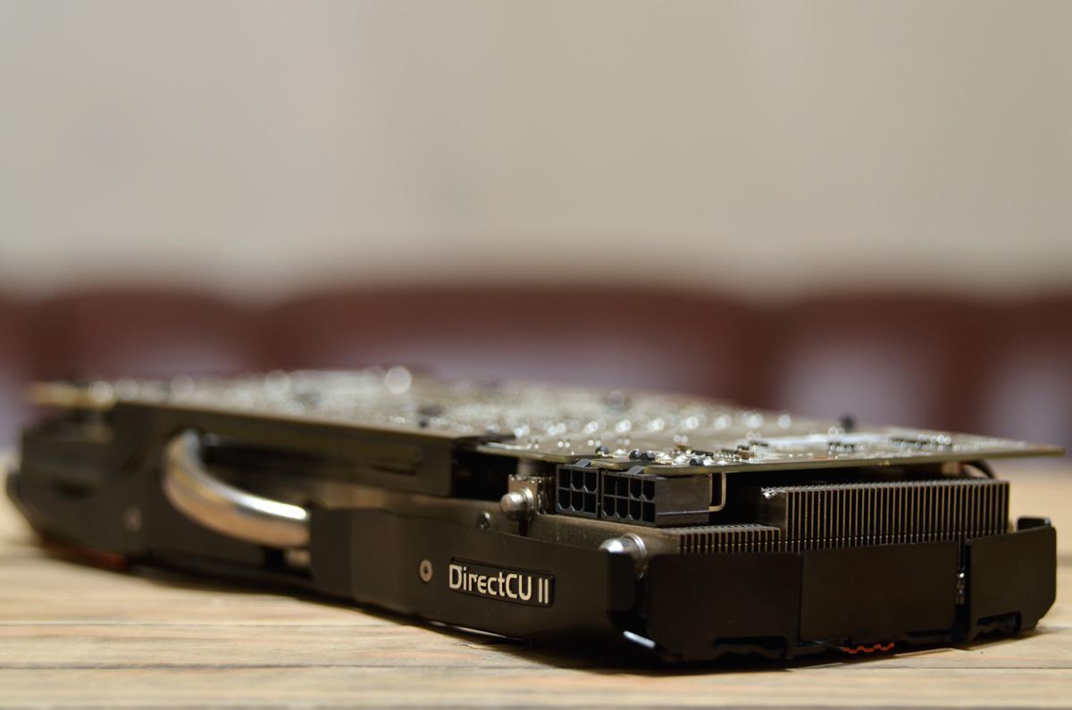 ASUS Radeon R9 280X DirectCU II TOP (11) | TechPorn