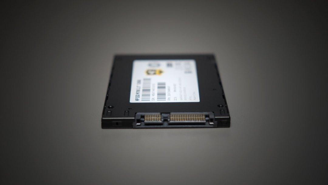 HP M700 120GB SATA SSD (5)