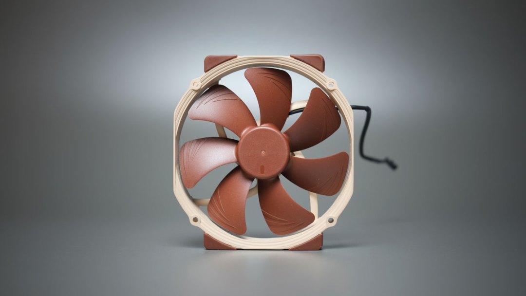 Noctua NH-D15 Tower CPU Cooler (4)