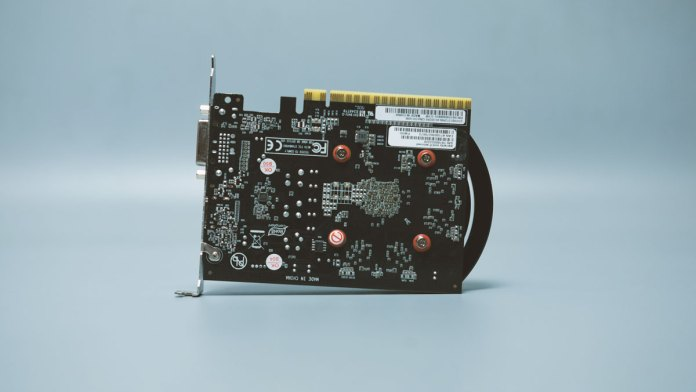 Palit GTX 1650 StormX (6)