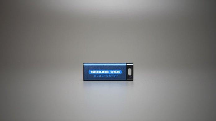 SecureDrive SecureUSB BT (3)