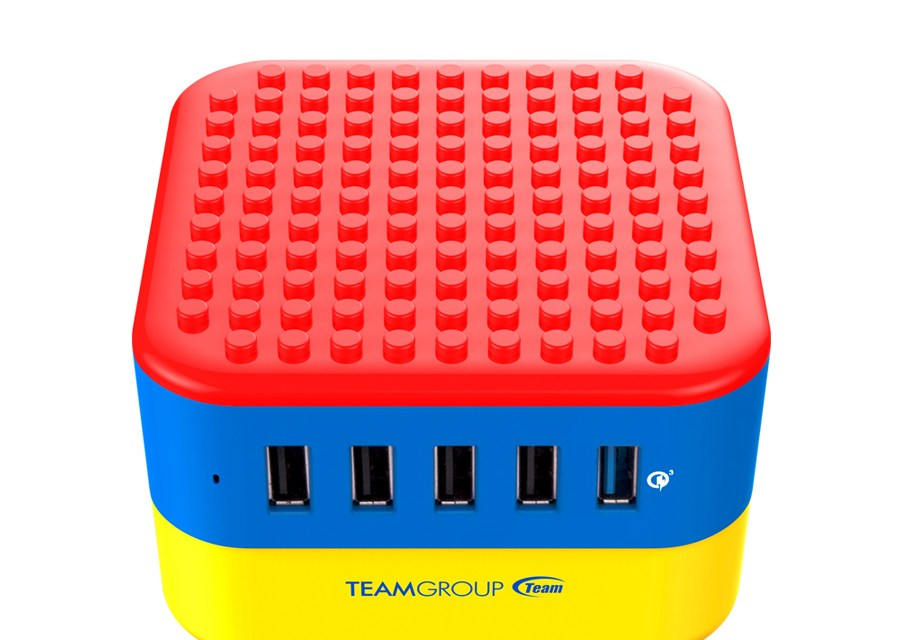 Team Group Releases The Multi-Port WD02 Brick Charger
