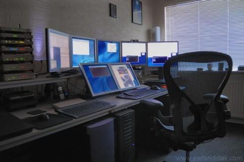 Multiple desktop worksation setup